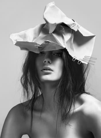 Ulrich Knoblauch, Paper Hat, 2014