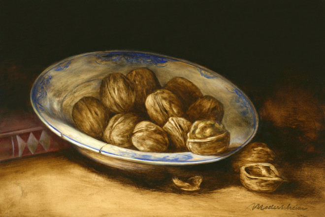 Delft plate with walnuts