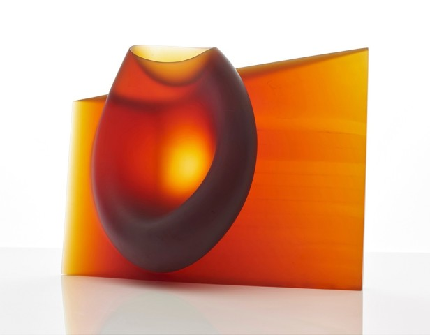 Ashraf Hanna, Amber red vessel form, 2015