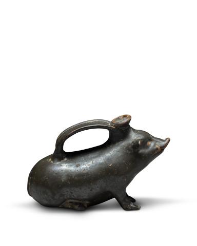 Greek black-glaze askos in the form of a boar, South Italy, c.320-290 BC