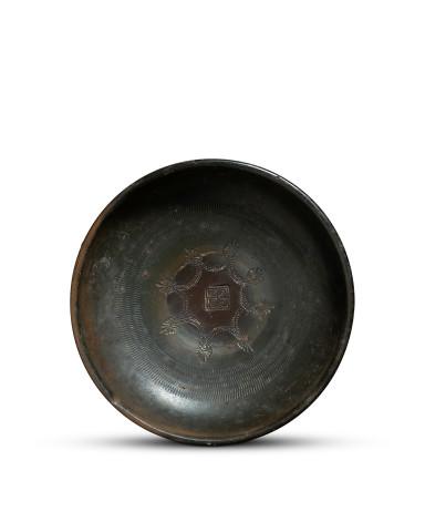 Greek black-glaze bowl, Campania, c.350 BC