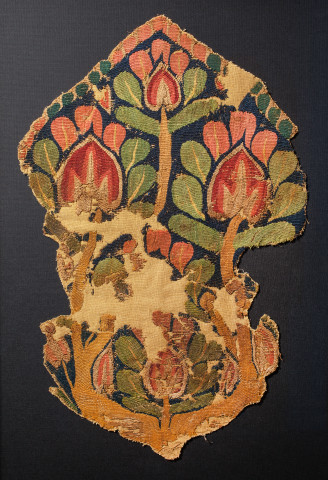 Coptic textile fragment with the Tree of Life, c.4th-5th century AD