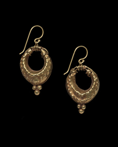 Parthian navicella earrings, 2nd century BC-2nd century AD