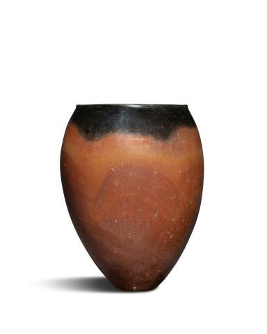 Egyptian black-top ovoid vase, Predynastic Period, Naqada I-II, c.4000-3200 BC