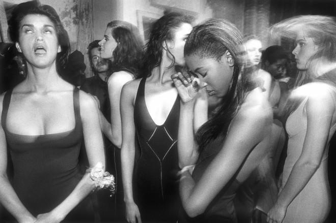 William Klein, Backstage Alaïa, Paris, 1986