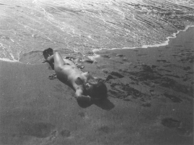 Roger Parry, Nude