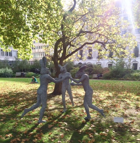 Sophie Ryder, Dancing Ladies , 2013