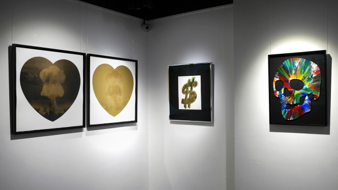 Iain Cadby, Love Bomb (Gold and Black) DELUXE EDITION, 2019