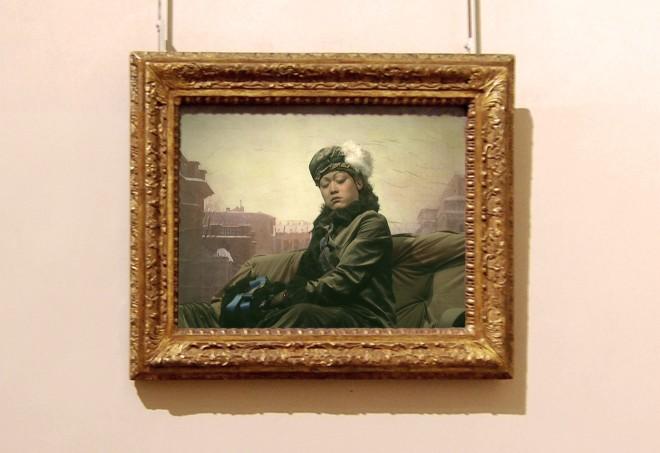 Han Jinpeng 韓金鵬, The Unknown Girl in Dust 揚塵天而立的無名女郎, 2011