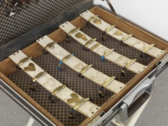 Bracelet briefcase piece
