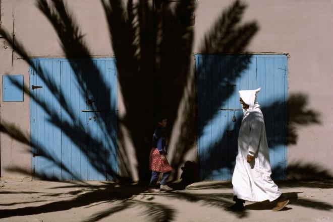 Bruno Barbey, Near Ma al Aynayn's tomb, Tiznit, Morocco, 1987