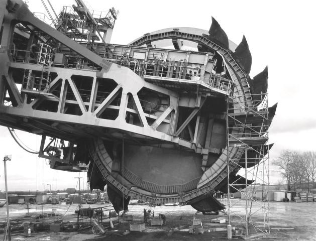 Claudia Fährenkemper, Steel Wheel Excavator 292, Shovel Wheel, 1991