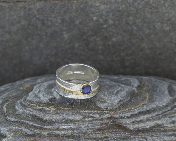 Textured Sapphire Ring with 9k Gold Detail