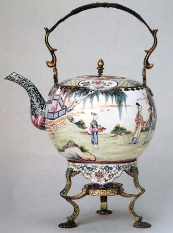 AN ENAMEL TEA KETTLE AND STAND, Qianlong (1736 - 1795)