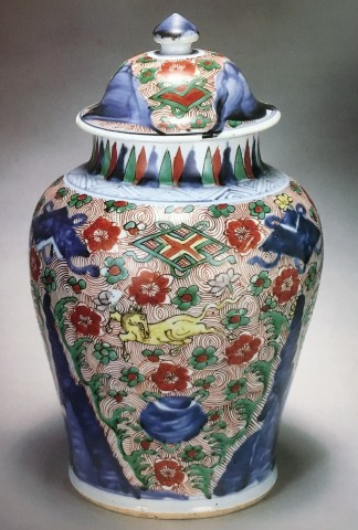 A WUCAI JAR AND COVER, Transitional, circa 1650