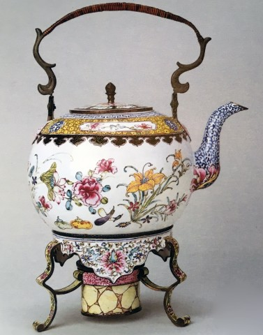 AN ENAMEL TEA KETTLE, STAND AND BURNER, Qianlong (1736 - 1795)