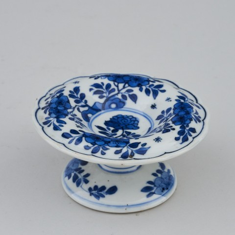A KANGXI BLUE AND WHITE SALT, Kangxi (1662 - 1722)
