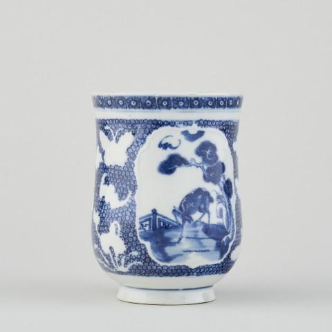 A CHINESE TANKARD, Qianlong (1736 - 1795)