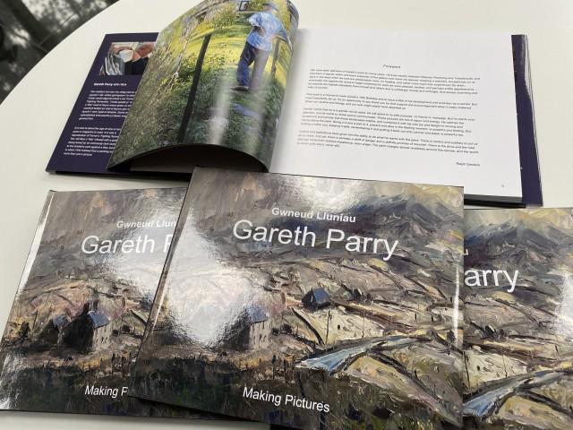 Gareth Parry, Gwnued Lluniau / Making Pictures
