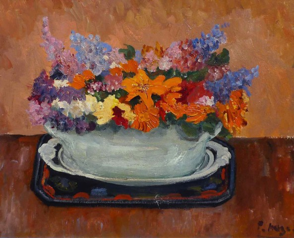 Wild flowers in a green bowl