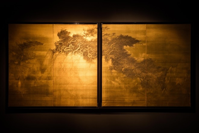 Fantasies on Paper and Enchantments in Gold • Solo Exhibition of Li Huayi