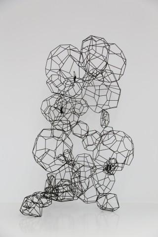 冯力仁 Fung Lik-yan Kevin cells / selves 2019 细胞/自我2019 Free standing 立雕 Material : painted bronze 材质:铜着色 Dimensions 尺寸 :100*58*63 cm 2018