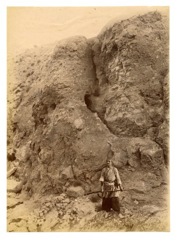 Antoin Sevruguin, The route from Shiraz to Bushehr (Tangistani Guard at the passes), Late 19th Century or early 20th Century