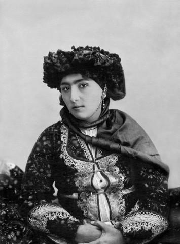 Antoin Sevruguin, A Kurdish woman, Late 19th Century