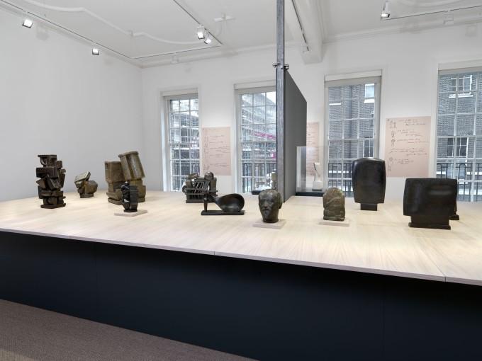 《阿爾貝托•賈科梅蒂:用他自己的話》1925-1934年雕塑作品展