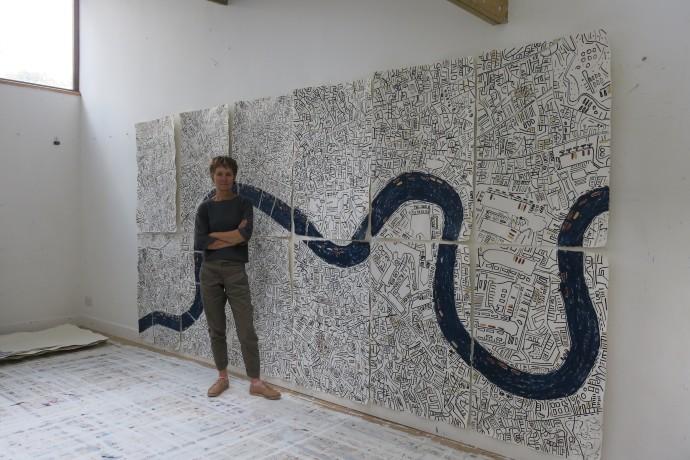 Barbara Macfarlane, Large Gold London Installation , 2017
