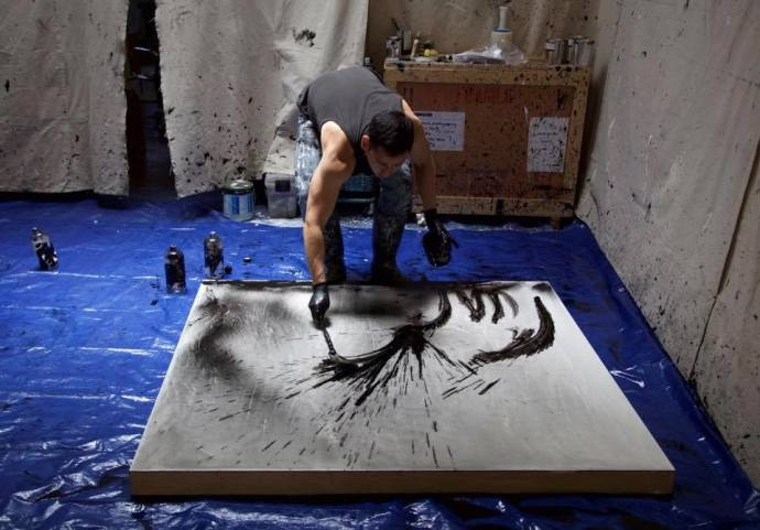 Daniel Diaz-Tai, Studio Shot