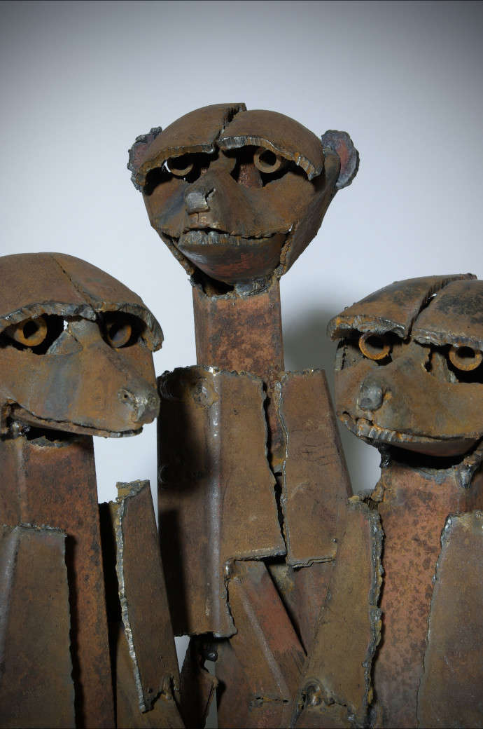 Iain Nutting, Standing Meercats 3, 2011