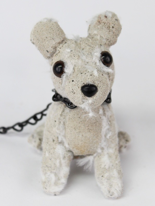 <div class=&#34;artist&#34;><strong>Ross Bonfanti</strong></div><div class=&#34;title&#34;><em>White Pup</em>, 2016</div><div class=&#34;medium&#34;><span>concrete, toy parts, enamel, steel chain</span><br /><span>12.7 x 10.2 x 7.6 cm</span><br /><span>5 x 4 x 3 in</span></div>