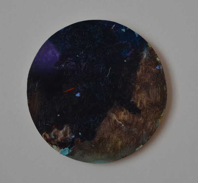 Mirela Moscu, 2014, Untitled, oil on wood, 22.7cm diameter