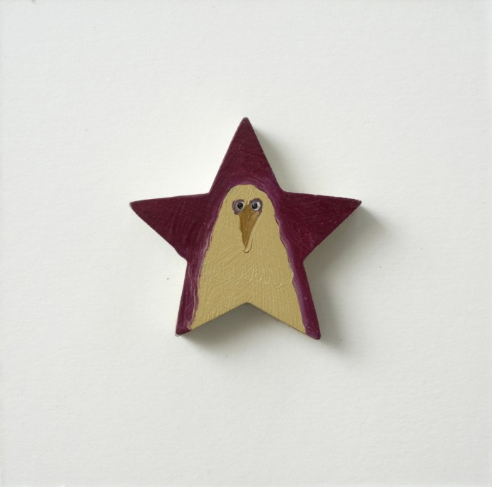 Holly Frean Star Chicken, oil on wood, approx 15 x 15 cm