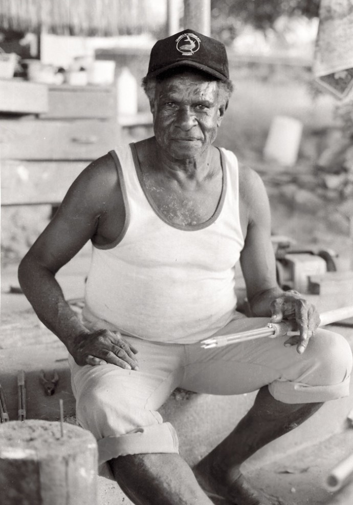 <p>Michael Aird&#160;<em>Wilfred Aniba making fishing spears, Thursday Island&#160;</em>1993</p>