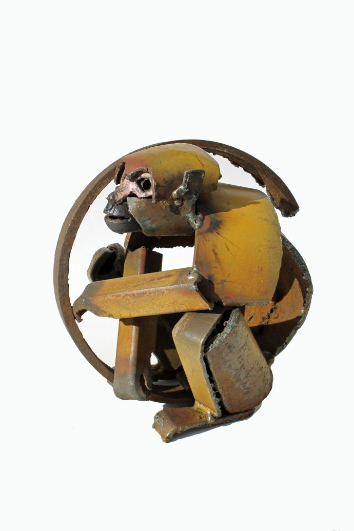 <div class=&#34;artist&#34;><strong>Iain Nutting</strong></div><div class=&#34;title&#34;><em>Squirrel Monkey</em>, 2016</div><div class=&#34;medium&#34;>reclaimed scrap metal</div><div class=&#34;dimensions&#34;>24 x 24 x 20 cm<br>9 1/2 x 9 1/2 x 7 7/8 in</div>