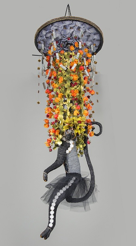 <div class=&#34;artist&#34;><strong>Nancy Josephson</strong></div><div class=&#34;title&#34;><em>Cynthia</em>, 2016</div><div class=&#34;medium&#34;>vintage and contemporary glass beads, taxidermy form, ribbon, bicycle rim</div><div class=&#34;dimensions&#34;>160 x 155 cm<br>63 x 61 1/8 in</div>