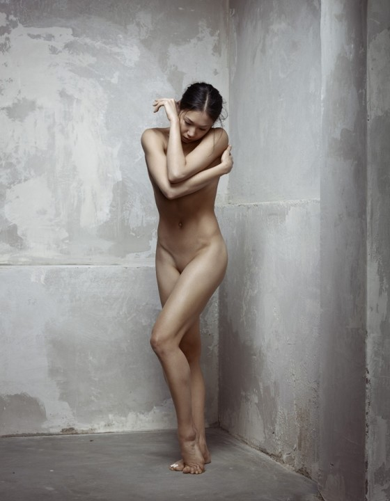 After Rodin, Eve After the Fall  Erwin Olaf