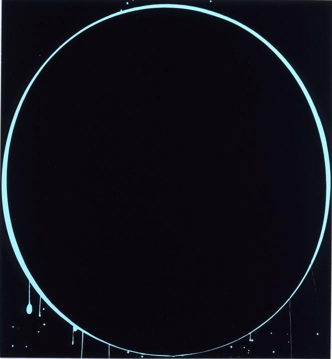 Oval: black, light blue, black, 2002