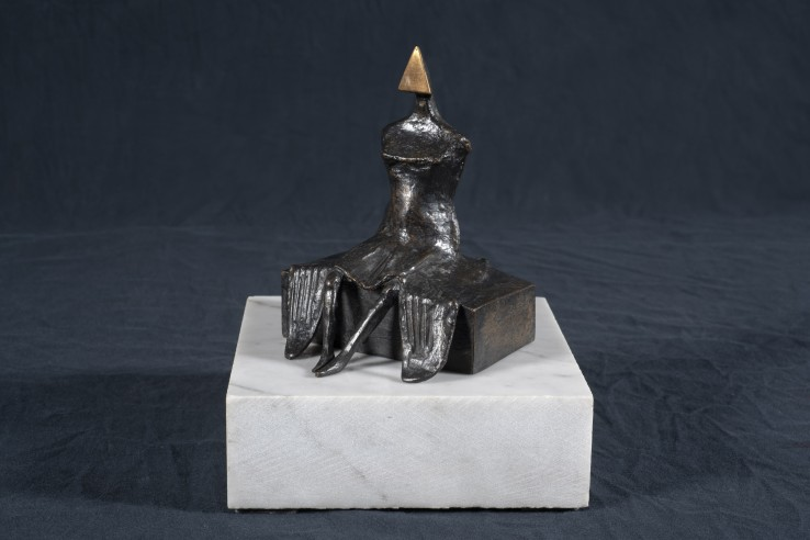 Lynn Chadwick  Seated Woman, 1986  Bronze  14 cm  Edition 4 of 9