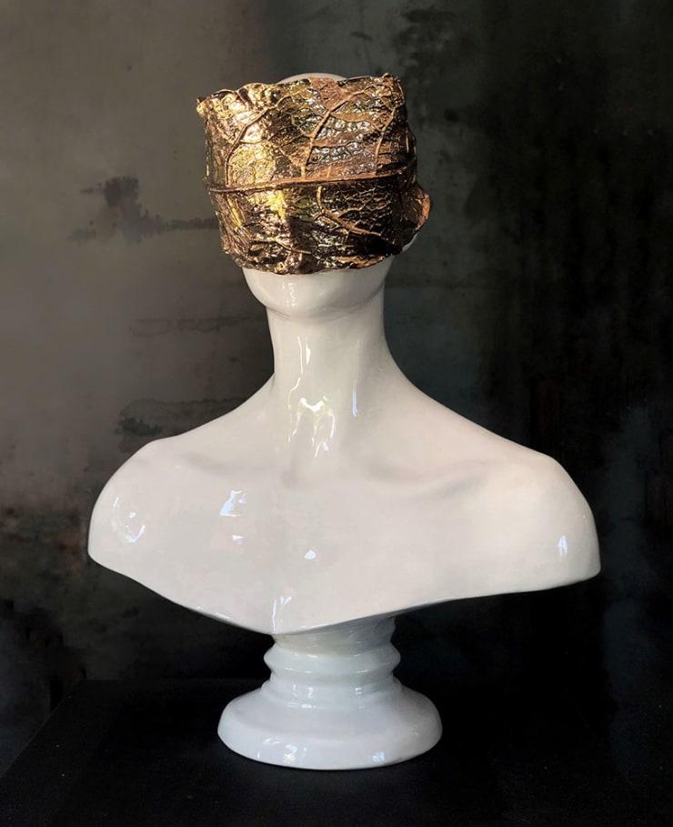 Emil Alzamora Daphne, 2018 Ceramic with Gold Overglaze 53.3 x 42 x 21.6 cm 21 x 16.5 x 8.5 in