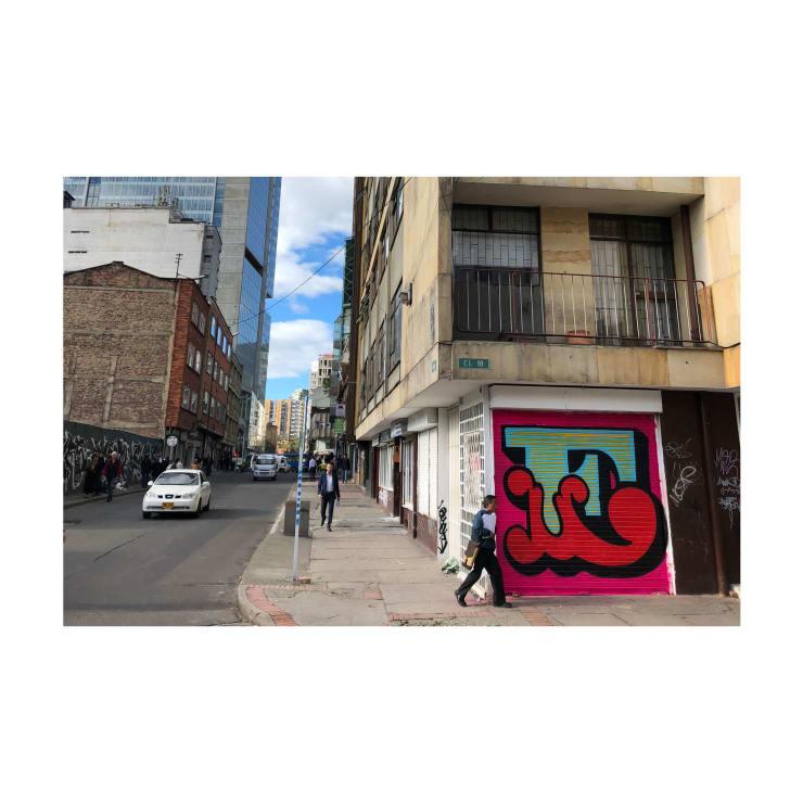 'E' Shutter Bogota