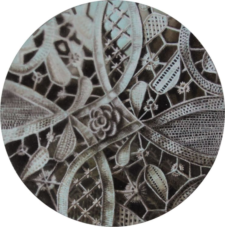 Elisa Rossi Limine 2, 2015 Oil on board 15 cm diameter 5.9 in diameter