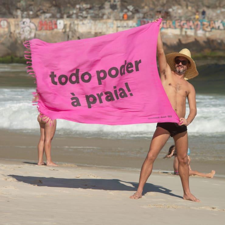 todo poder à praia!