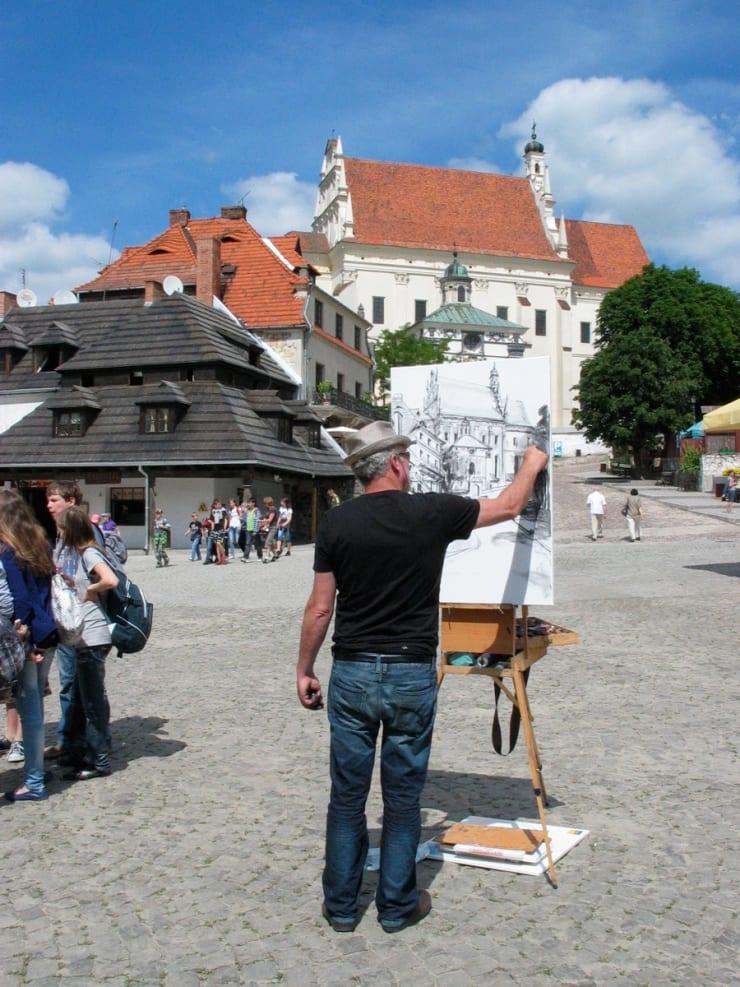 2010 06 Gerard Byrne Plein Air Sketching Kazimierz Dolny Poland Photo Credit Agata Byrne 1 1