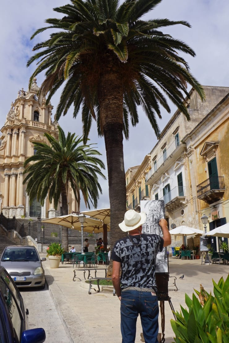 2013 10 10 Gerard Byrne Plein Air Painting Basilica Of Saint George Ragusa Sicily Photo Credit Agata Byrne 2