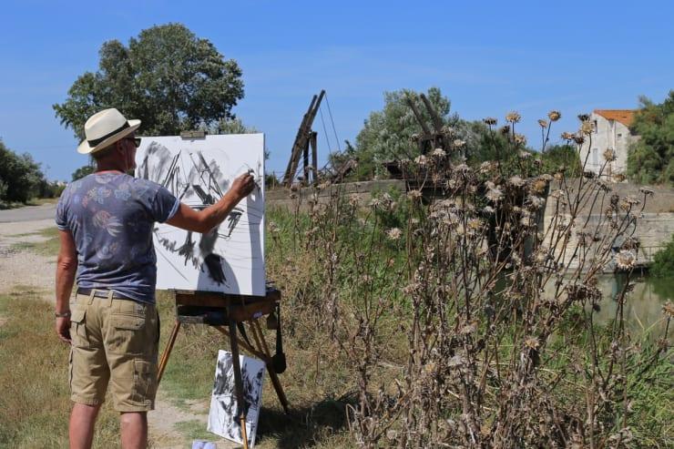 2015 08 06 Gerard Byrne Plein Air Sketching The Bridge Of Langlois Arles France Following Vincent Van Gogh Phot Credit Agata Byrne 4
