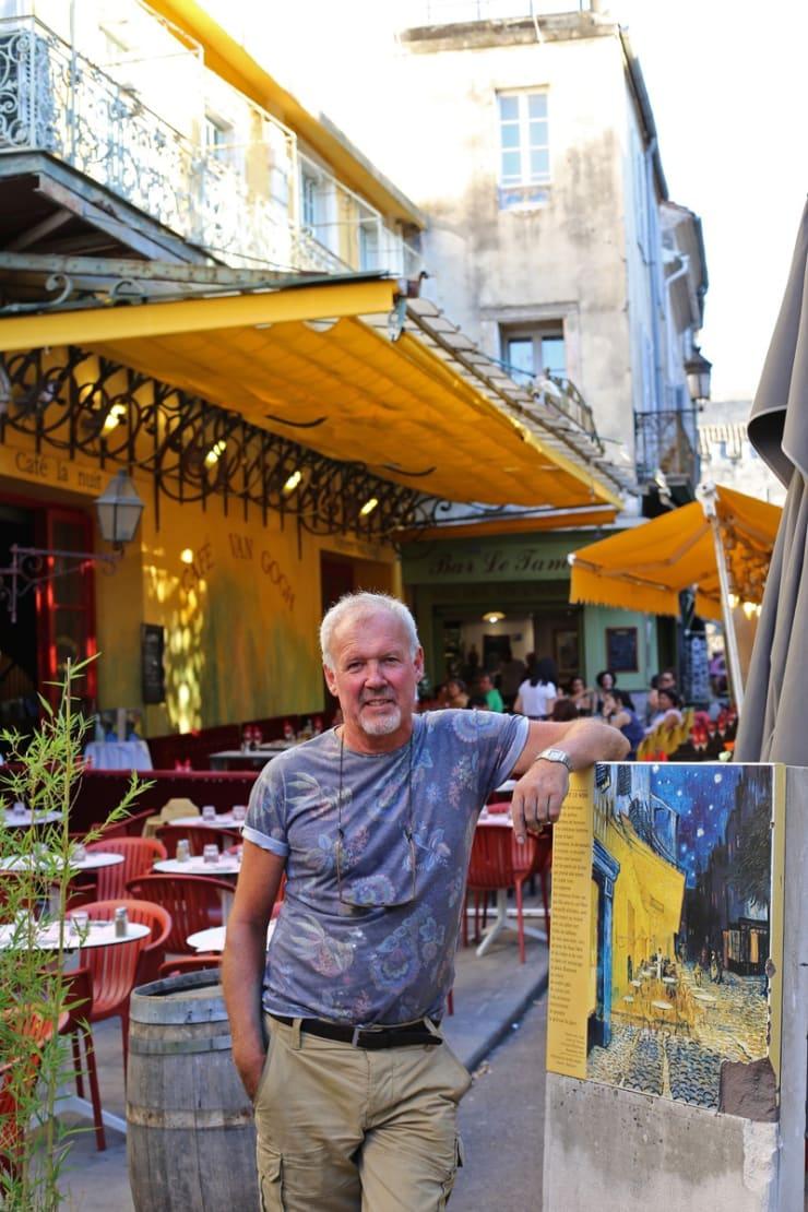 2015 08 07 Gerard Byrne Visiting Le Cafe La Nuit Place Du Forum Arles France Following Vincent Van Gogh Photo Credit Agata Byrne 4