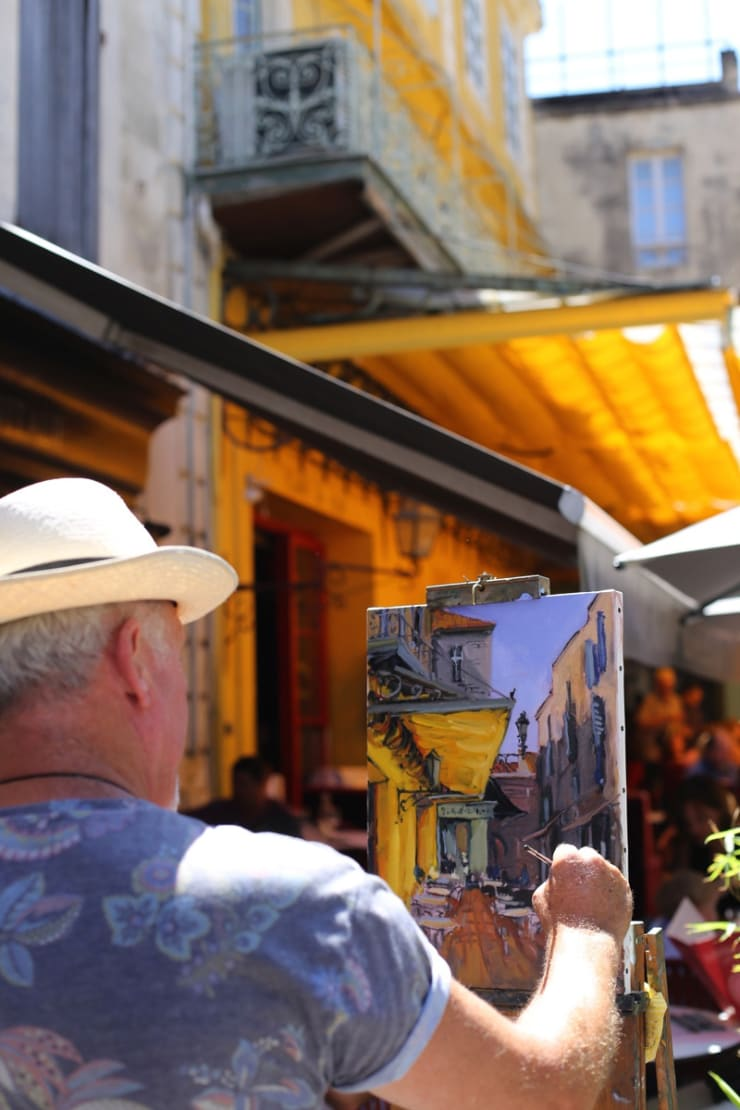 2015 08 09 Gerard Byrne Plein Air Painting The Cafe Terrace Arles France Following Vincent Van Gogh Photo Credit Agata Byrne 2